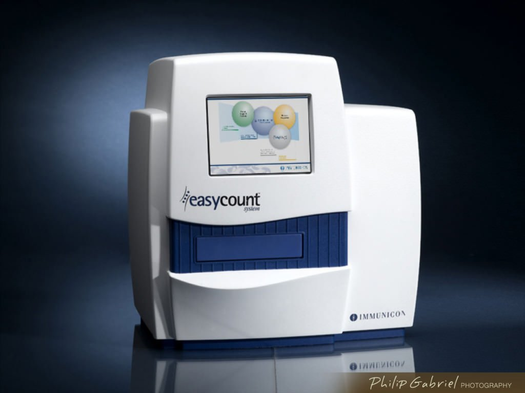 Advertising Product Easy Count Immunicon Medical Photographed by Philip Gabriel Photography