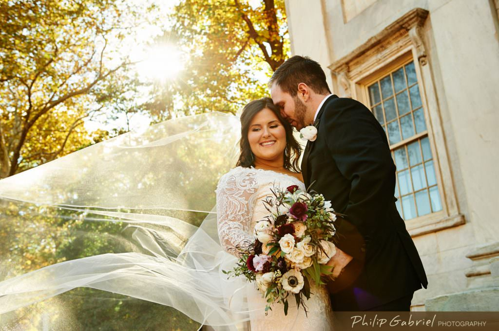 Wedding photos at First Bank in Old City Philadelphia