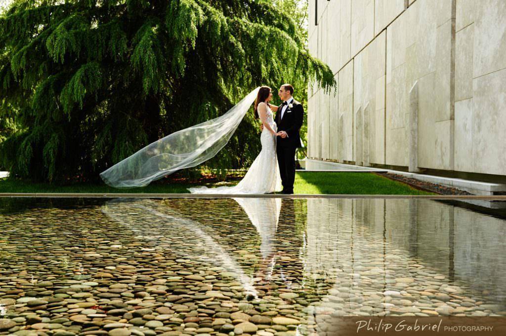 Wedding photos at the Barnes Museum Philadelphia