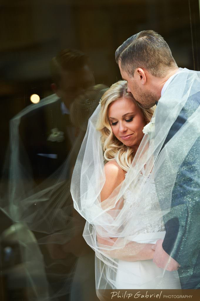 Wedding photos at the Loews Hotel Philadelphia