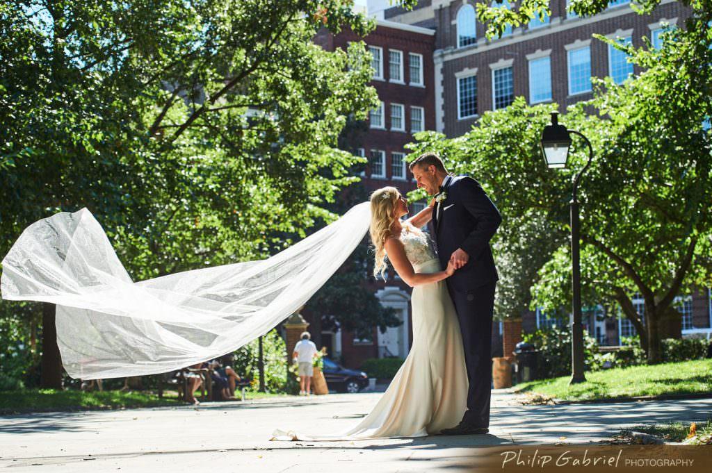 Wedding photos in Old CityPhiladelphia